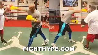 ROY JONES JR. LEAKS TRAINING FOR MIKE TYSON CLASH; LIGHTS UP MITTS WITH SIGNATURE RIGHT HAND KO SHOT