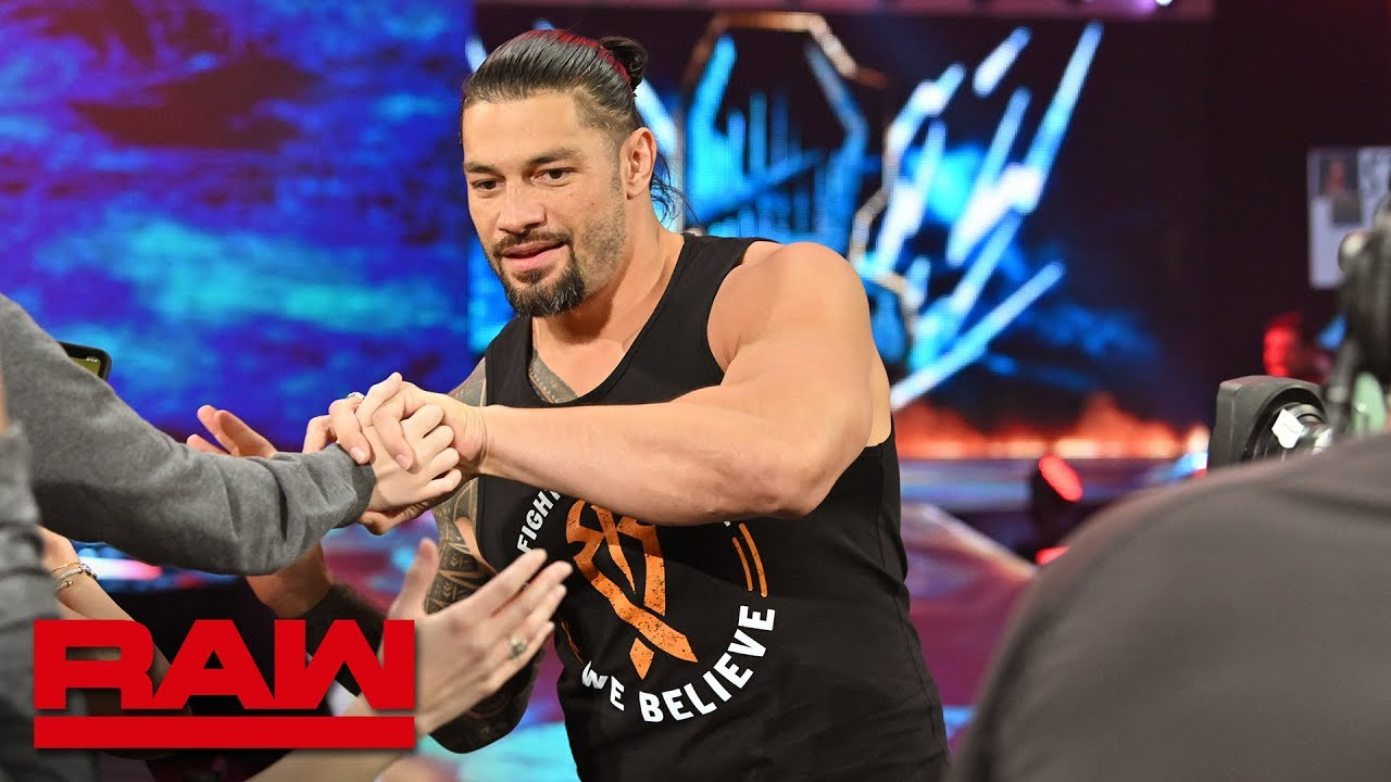 roman reigns returns to