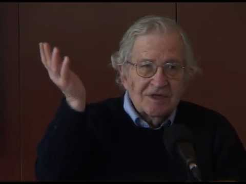 Noam Chomsky on French Intellectual Culture & Post-Modernism (3/8)