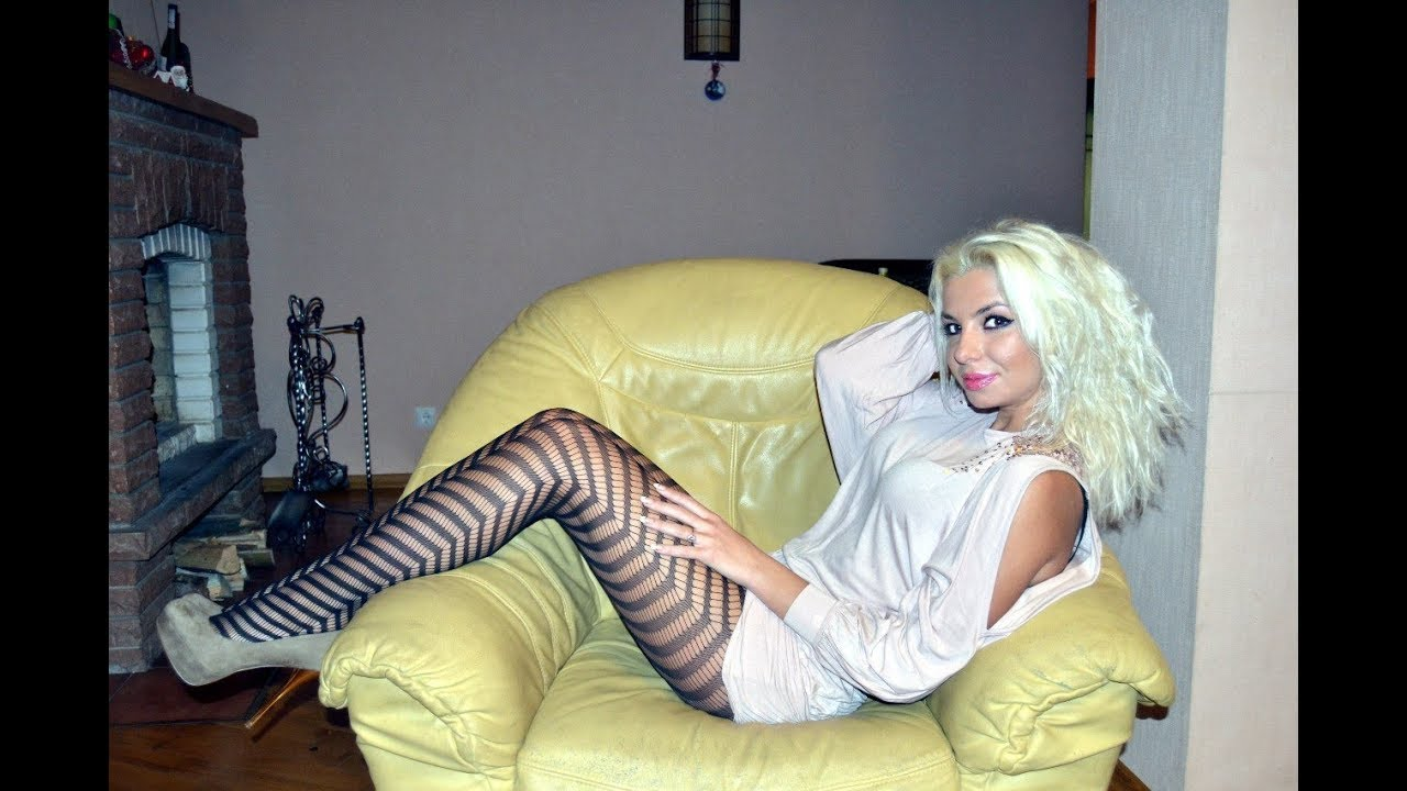 Hot nude girls stocking pantyhose free