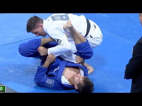 "Rafael Mendes VS Osvaldo ""Queixinho"" Moizinho / World Championship 2016"