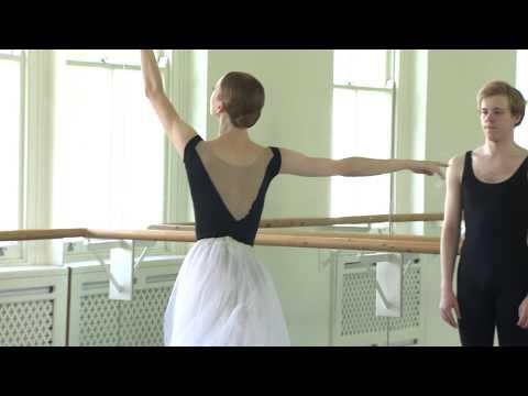 World Class Bolshoi ballet dancers grace the stage of the London Palladium