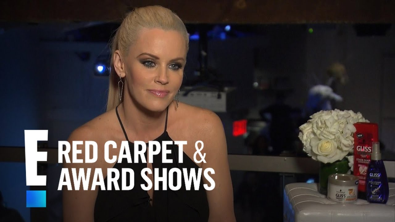 Jenny mccarthy opens up on past abusive relationship e red carpet award shows youtube - Watch e red carpet online ...