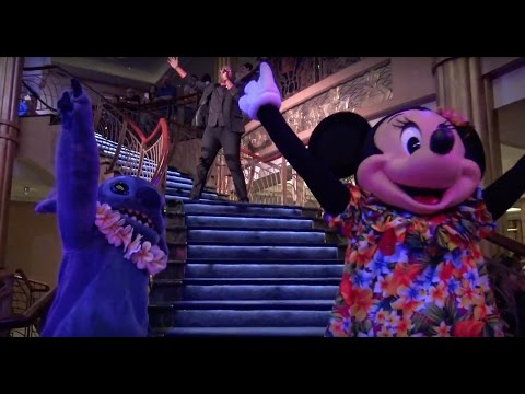 Character Dance Party on the Disney Fantasy!