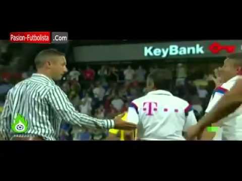 Pep Guardiola Angry   Refuses to Shake Caleb Porter │Bayern Munich vs MLS 2014   Niega el Saludo