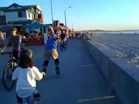 Slo Mo Rollerblading on the Pacific Beach (San Diego) Boardwalk