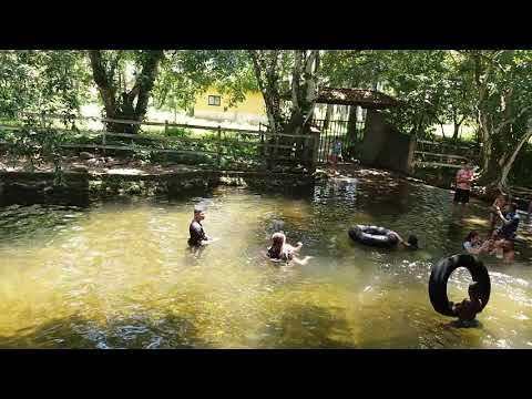 Cachoeira em Guapimirim.