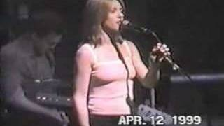 Liz Phair - Dance of the Seven Veils Live 04/12/99
