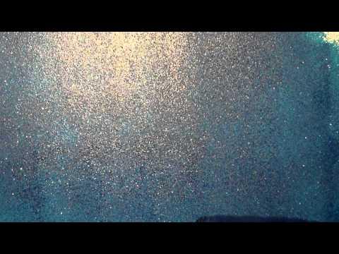 Pitturare con i glitter doovi for Pittura bianca con brillantini