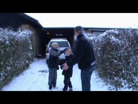 Tv-Julekalenderen 2010 1. afsnit (Del 1) from YouTube · Duration:  14 minutes 36 seconds