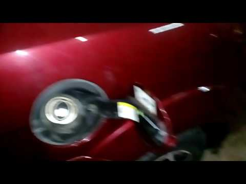 Снять лючок бензобака форд фокус 2