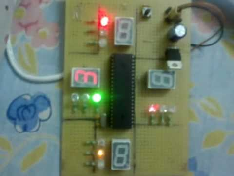 Traffic Signal Controller Circuit Diagram: traffic light controller using 8051 - YouTuberh:youtube.com,Design