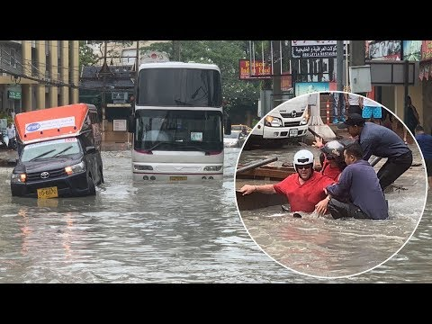 Drivers Battle Through Flash Floods In Pattaya