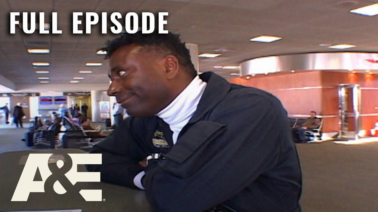 Download Airline: Mother LOSES Daughter in Airport - Full Episode (S3, E2)   A&E