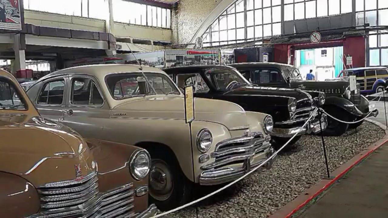 Музей ретро-автомобилей на Рогожском валу.