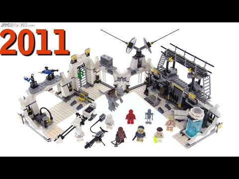 LEGO Star Wars Hoth Echo Base from 2011 reviewed! 7879