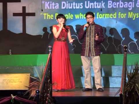Putri Ayu Duet with Josef Pantas