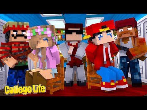 WEVE BEEN KIDNAPPED!  Minecraft College Life  Little Kelly
