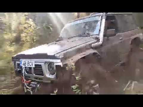 "Patrol Y60 38,5"" mud trepador And Jeep WK on 37"""