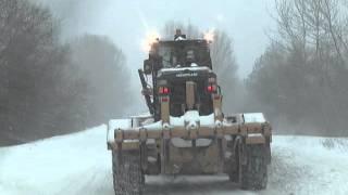 Полтавский ГОК выделил автогрейдер  в помощ...(, 2016-01-20T13:08:28.000Z)