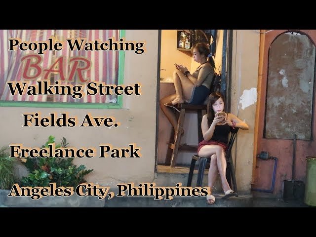 WALKING STREET/FIELDS AVE/FREELANCE PARK - PEOPLE WATCHING : ANGELES CITY, PHILIPPINES