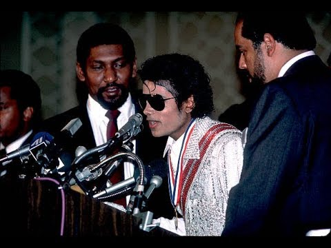 Michael Jackson Donates ALL His Profits From Victory Tour To Charity