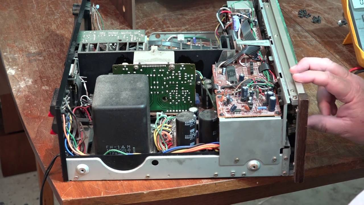 Marantz SR8000 No Sound No Display  Can we fix this one?
