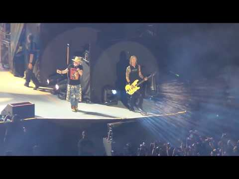 SWEET CHILD O MINE Guns N Roses  At The Philippine Arena 2018
