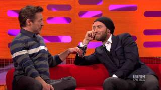 ROBERT DOWNEY, JR & JUDE LAW: Stepping on the Extras... Literally! (The Graham Norton Show)