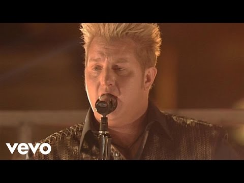 Rascal Flatts - Me And My Gang (Live From The Academy Of Country Music Awards)