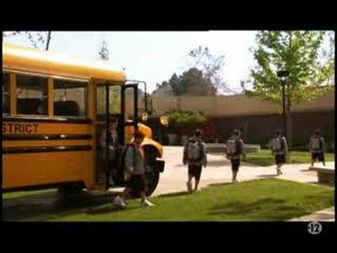Download Weeds - Opening 2x04 (french)