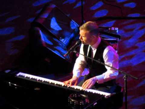 forever love - gary barlow  albert hall 5th dec 2011