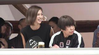 洋裁コシノに、コシノジュンコさん、安田美沙子さん、椎名林檎さん、辰...