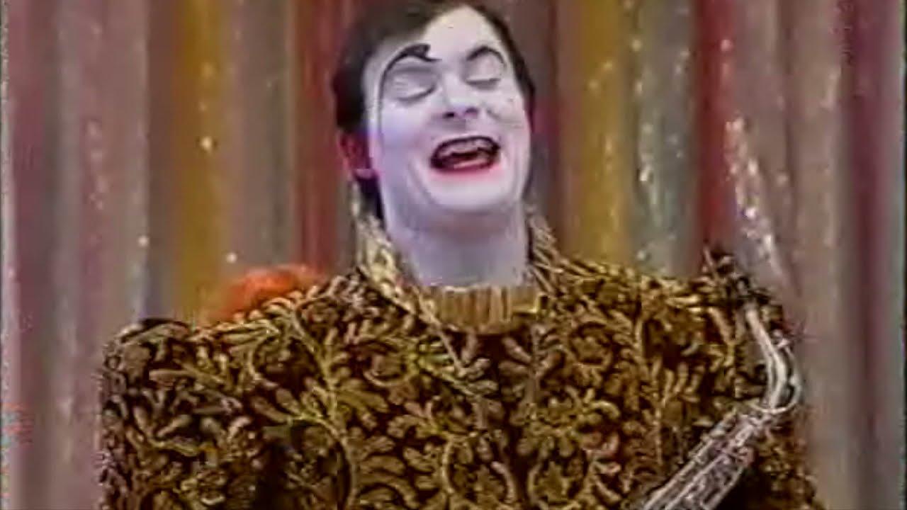 Download I Clowns Folco nella pista di Sabato al Circo (1991)