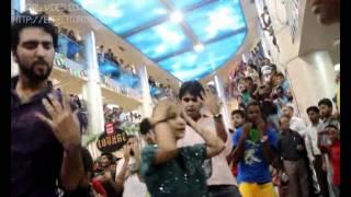 avanti flash mob in park towers karachi