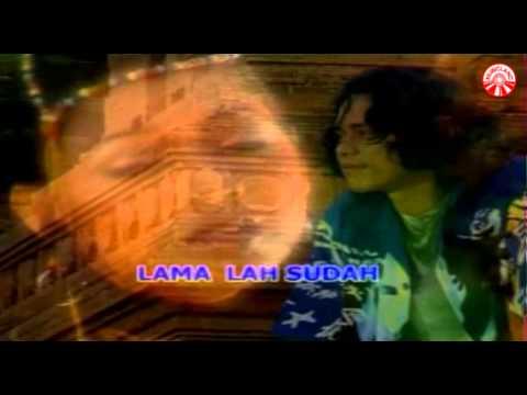 Nada Soraya - Sedih Sekali [Official Music Video]