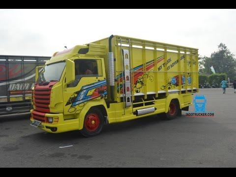 Modifikasi Truk Ragasa Dengan Gril Scania At Kontes Truk Jogja Youtube