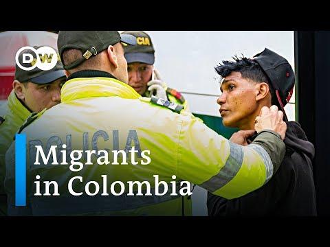 Venezuelan migrants in Colombia take desperate measures | DW news