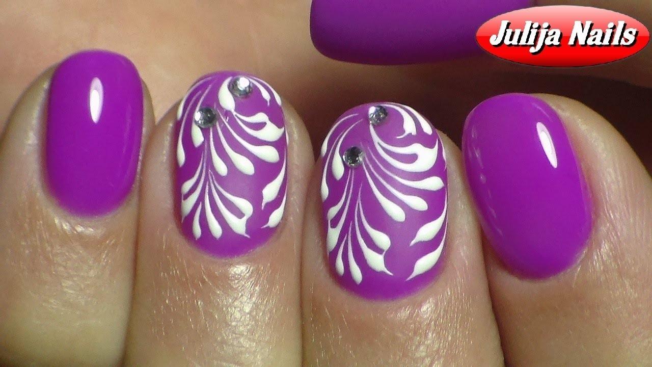 элегантный дизайн коротких ногтей вензеля