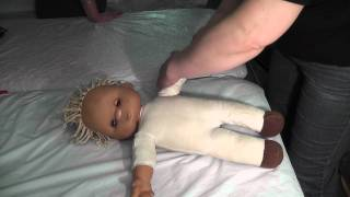 Детский массаж при гипертонусе(, 2011-05-15T19:22:28.000Z)