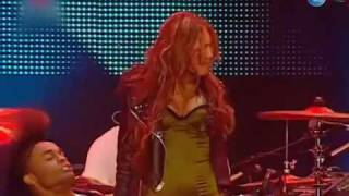 vuclip Miley Cyrus - Can't be tamed [HQ LIVE] Rock in Rio Lisbon 2010