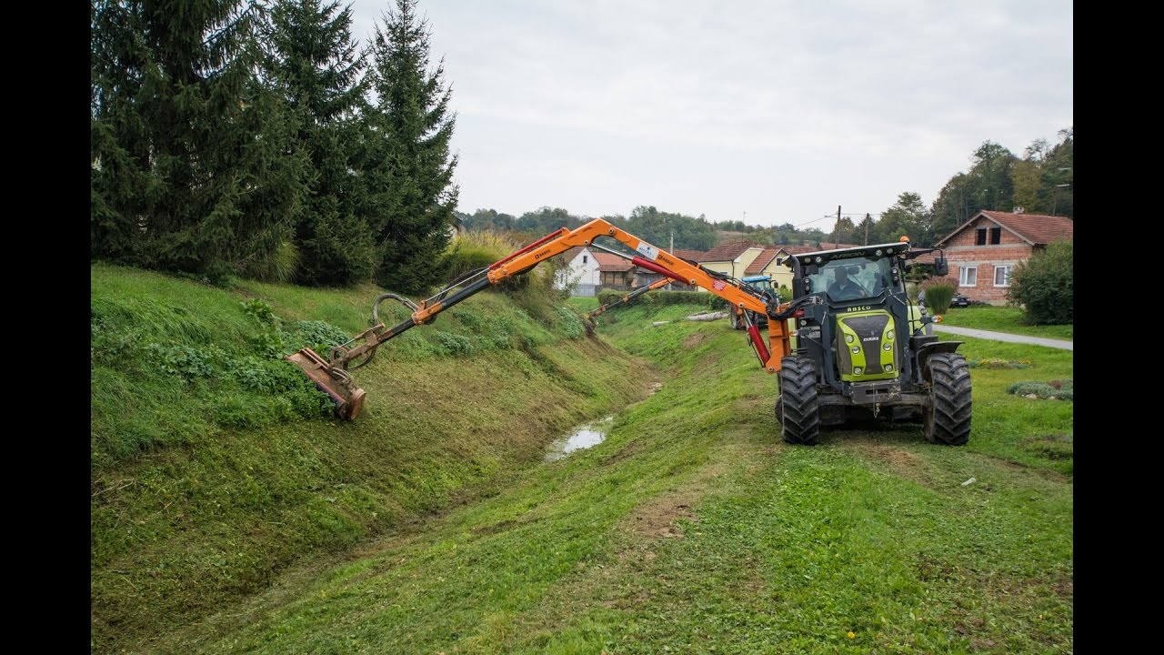Please Dont Mow Cranes >> Maxima Crane Mower With Hydra Mowing Head Rolling Footage Summer