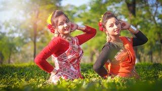 মনে করি আসাম যাব 😍😍   Mone Kori Assam Jabo Dance   Folk Dance   Ankita and Riya   DB Creation
