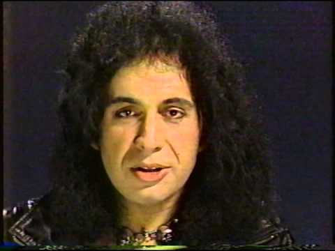 Gene Simmons Interviewed by Lisa Robinson on Radio 1990 ... Eugene Robinson