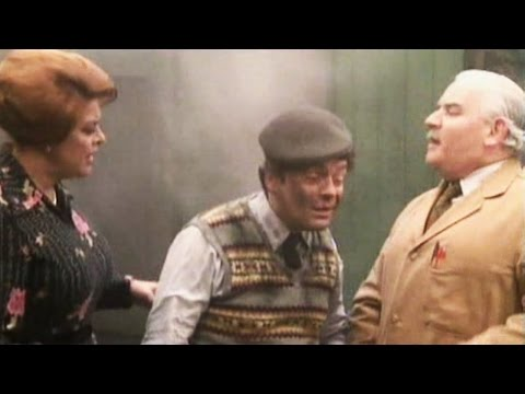 Open All Hours - s03e04 - How To Ignite Your Errand Boy
