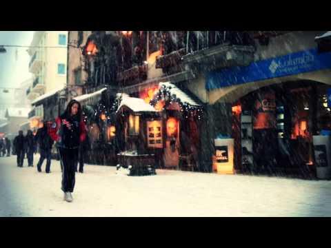 Watch : La ville de Chamonix sous la n...