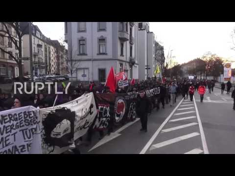 Germany: Thousands march to