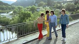 Сумасшедшие на стадионе / Les fous du stade (1972)