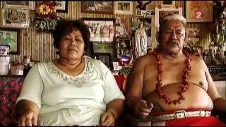 Les Tuilagi, la vie sur l'île (reportage)