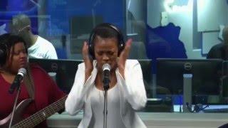 Mamosadi KB - Beautiful Vibrations (Talk Radio 702 Live performance)